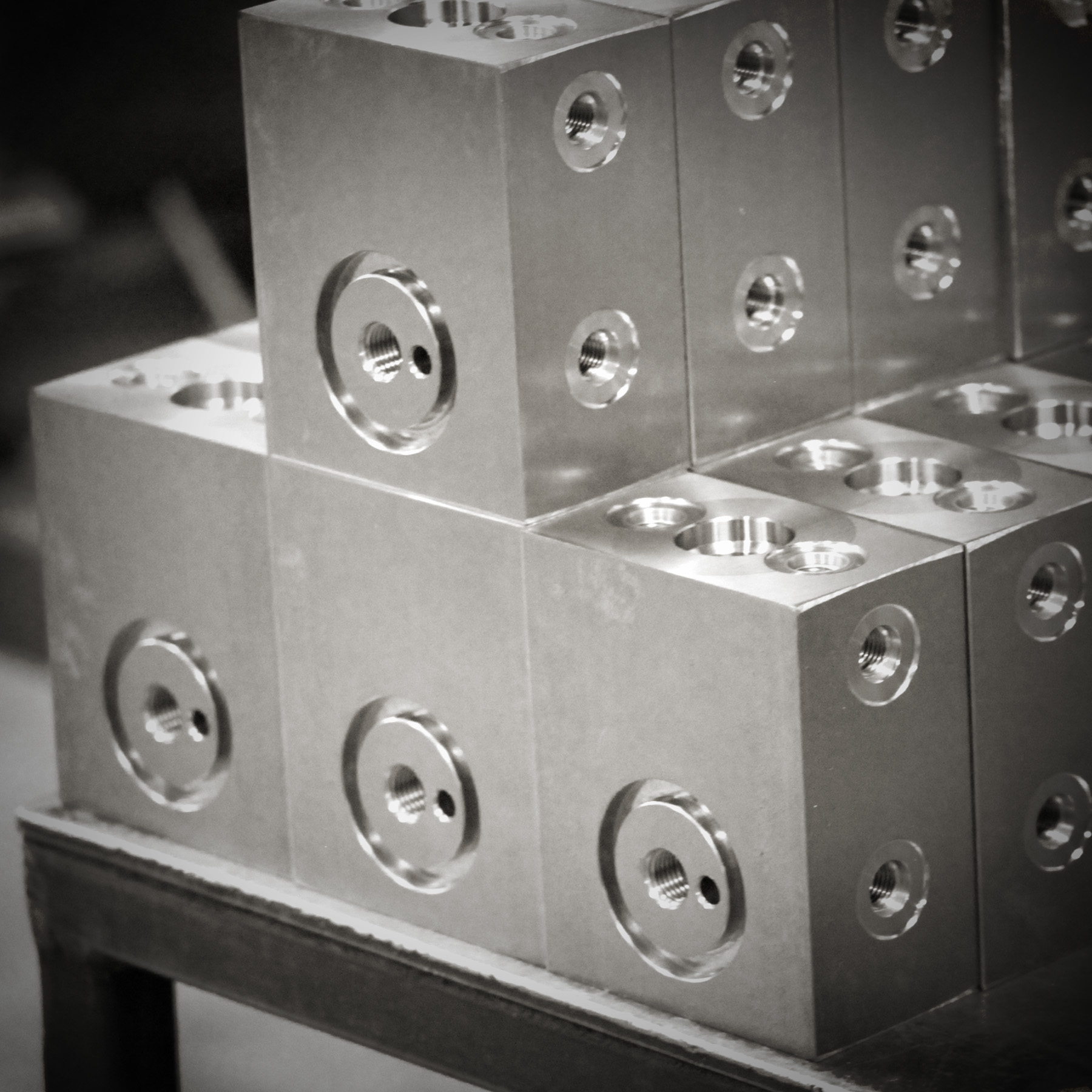 machined componet 6x6